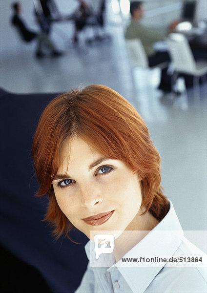 Geschäftsfrau im Büro  Portrait