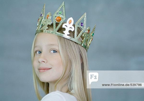 Mädchen mit Krone Mädchen mit Krone