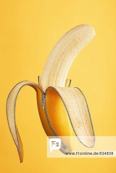 Nahaufnahme geschälte Banane