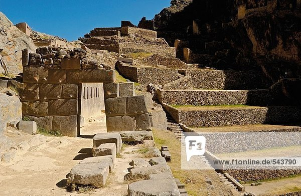 Alte Ruinen der Schritte  Ollantaytambo  Urubamba Provinz  Region Cusco  Peru