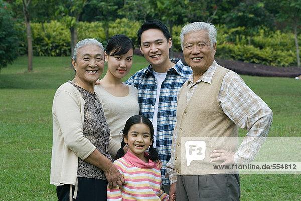 Drei Generationen Familie  Porträt