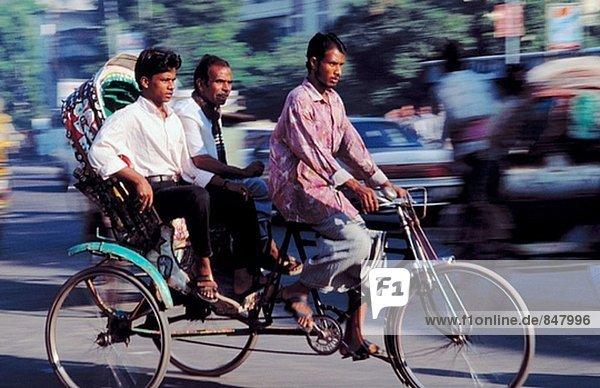 Fahrrad-Rikschas. Dhaka. Bangladesch