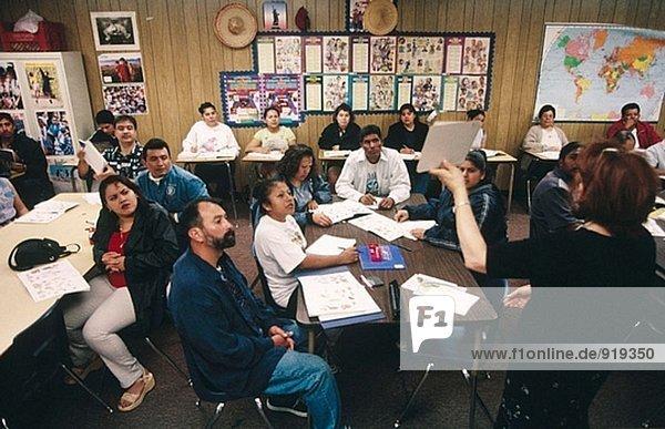Adult Englisch-Kurs. San Juan Capistrano. Kalifornien. USA