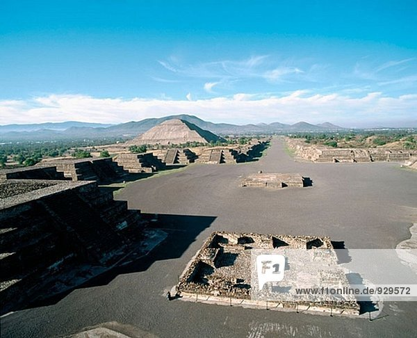 Ruins of the ancient pre-Aztec city of Teotihuacán. Mexico