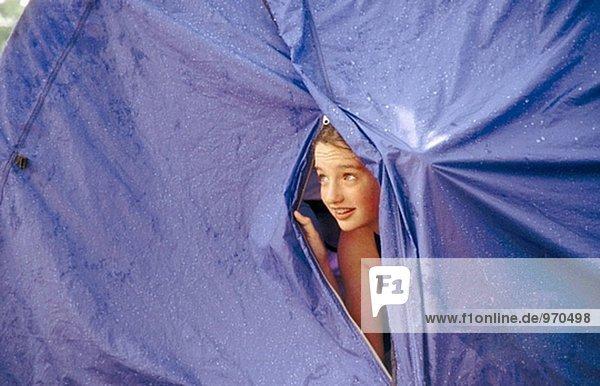 Bengel im Zelt Betrachtung Regen Bengel im Zelt Betrachtung Regen