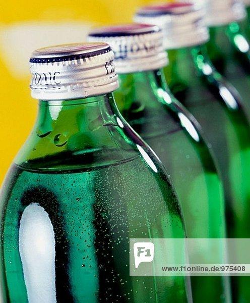 Mineralwasser  Glasflaschen
