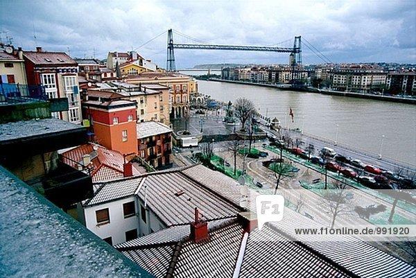 bizarr  Brücke  Fluss  Bilbao  Spanien