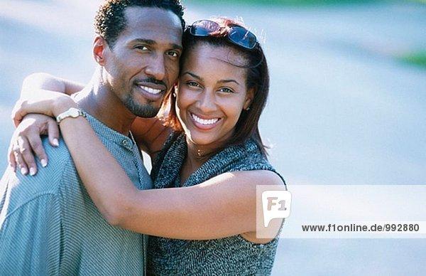 Aafrican-American paar