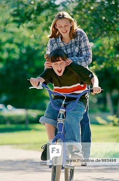 2 Jugend-Tarif auf dem Fahrrad