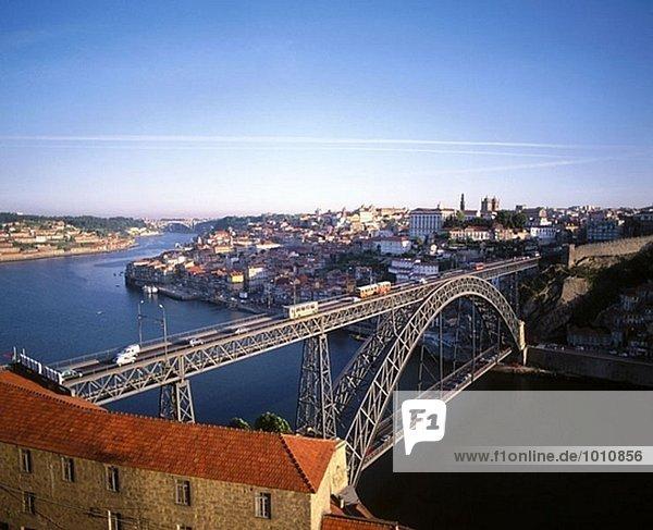 Ponte Rodoviara Dom Luis I and ´Douro´ river. Porto. Portugal.