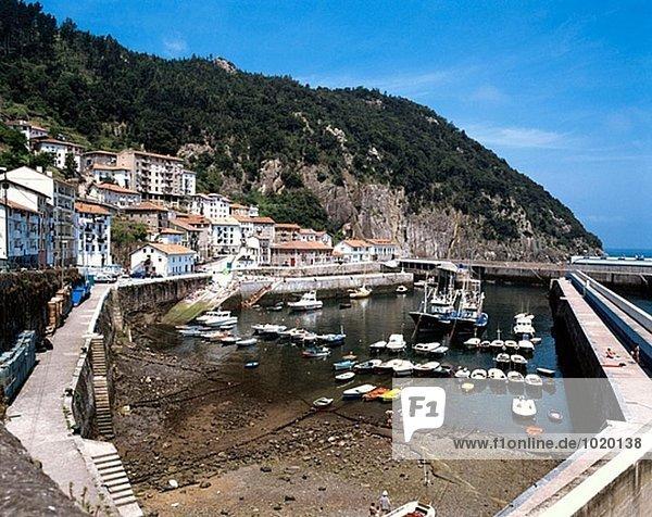 Fischereihafen. Elantxobe. Provinz Vizcaya. Euskadi. Spanien.