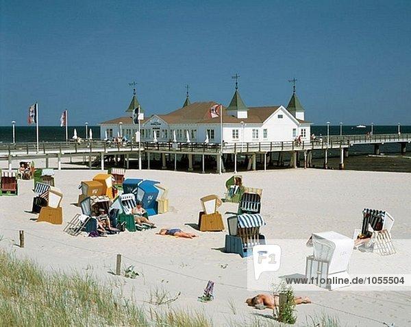 Strandstühle  Ahlbeck  Usedom  Mecklenburg-Vorpommern Deutschland