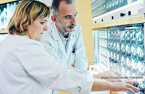 Medizinische Bildgebung für die Diagnose im Krankenhaus