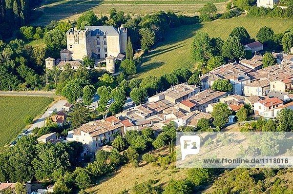 Frankreich Palast Schloß Schlösser Dorf Provence - Alpes-Cote d Azur Fernsehantenne