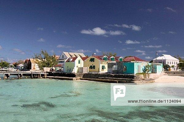 Wasser Gebäude Straße Stadt frontal türkis Grand Turk Island