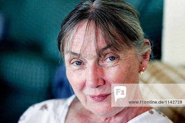 65 Jahre alte Frau