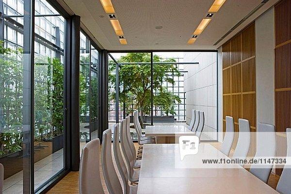 Die Hermes-Bau- und Shop auf Harumi Dori  Architekt Renzo Piano. Ginza. Tokio. Japan