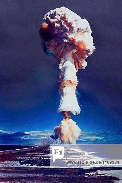 Pilz eine Atombombe explosionsgefährdeten  Französisch-Polynesien