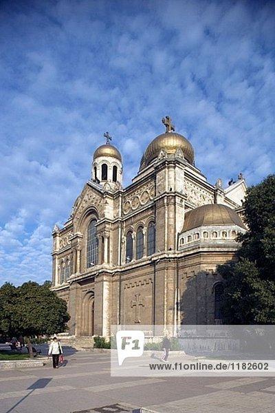 Mariä-Entschlafungs-der Theotokos Kathedrale  Varna. Bulgarien
