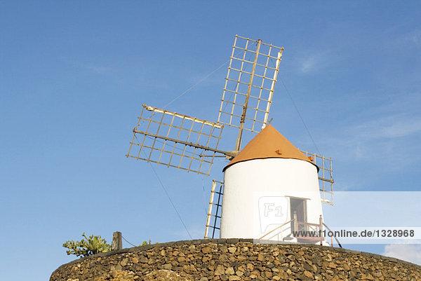 Spanien  Lanzarote  Windmühle