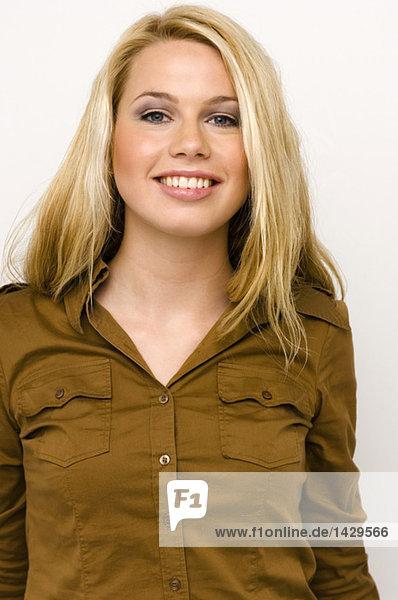 Porträt einer blonden Frau
