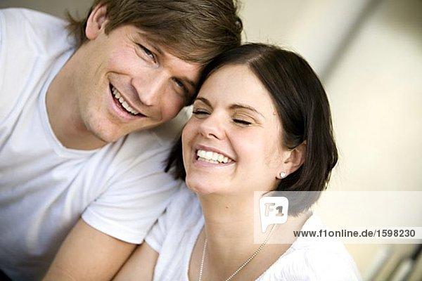 Portrait des Lachens paar Schweden.