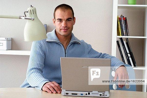 Büroaufgang  Business Man  Geschäftlich