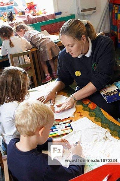 Baby,Bauwerk,Bildung,Bildungseinrichtung,Day Care Centre