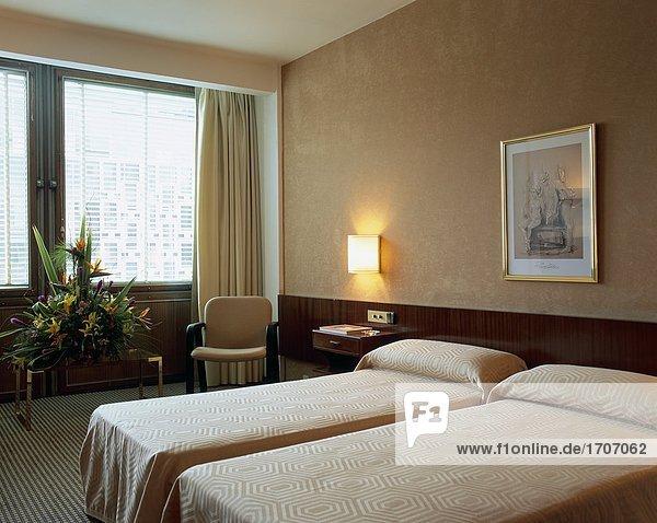 Eleganz Schlafzimmer Bett Ansicht 2 1