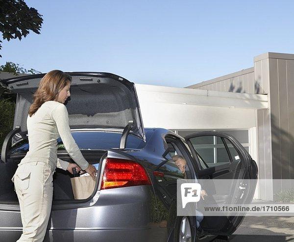 Auto,CSC35088,Einkaufskorb,Einzelhandel,Einzelhandelsunternehmen
