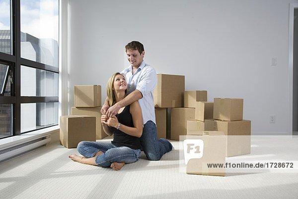 sitzend Eigentumswohnung neues Zuhause