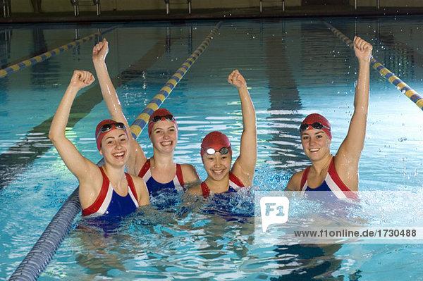 Fest festlich Erfolg Schwimmbad