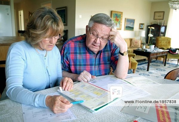 Formular zur Einkommensteuererklärung ausfüllen