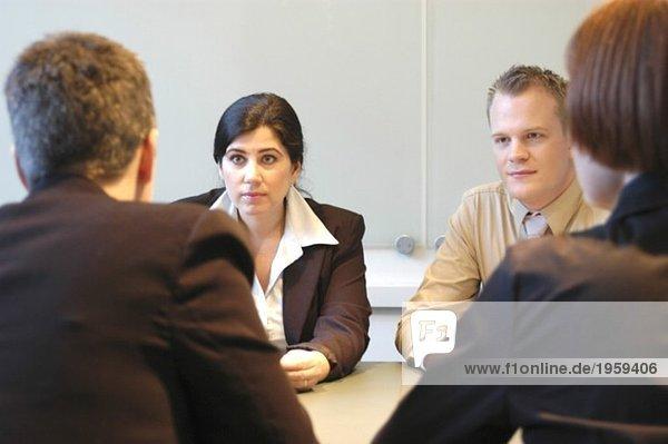 Besprechung im Konferenzraum