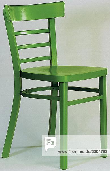 farbe gegenstand gr n holzstuhl m bel 27031004 mev lizenzfreies bild f1online 2004783. Black Bedroom Furniture Sets. Home Design Ideas