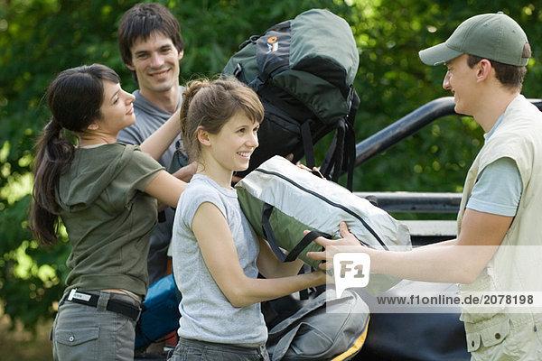 Wanderer Löscheinrichtungen von Rückseite des Fahrzeugs
