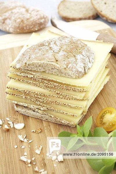 Nahaufnahme der Stapel von Käse-sandwich