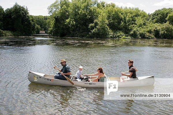 Michigan  Ann Arbor  Gallup Park  Huron River  Familie  Kanu  Erholung