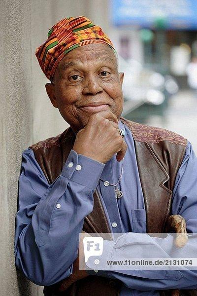 Afrikakarte American älterer Mann