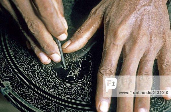 Herstellung von Lack Kunstgegenstände  Myanmar