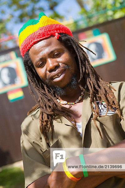 Bob Marley´s Mausoleum Wärter  Nine Mile  Jamaika