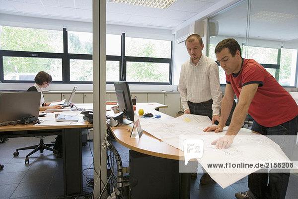Technisches Büro. Talleres MYL. Spindel Herstellung und Reparatur. Deba. Bizkaia  Baskenland  Spanien
