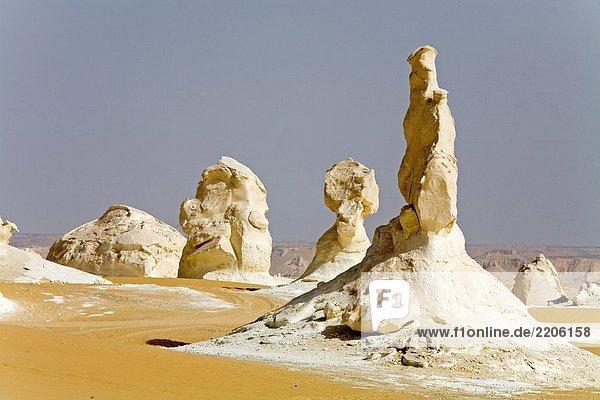 Felsformationen in der Wüste  weiß Wüste  Oase Farafra  Ägypten Felsformationen in der Wüste, weiß Wüste, Oase Farafra, Ägypten