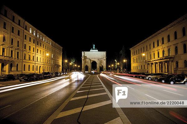 Germany  Bavaria  Munich  traffic passing through Victory Gate