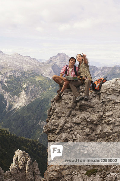 Austria  Salzburger Land  couple on mountain top