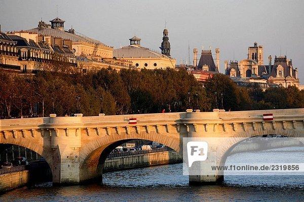 Frankreich  Paris  rechten Ufer der Seine  Pont Neuf Brücke