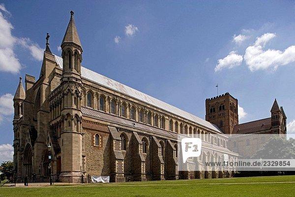 St Albans  cathedral  1077  Hertfordshire  UK