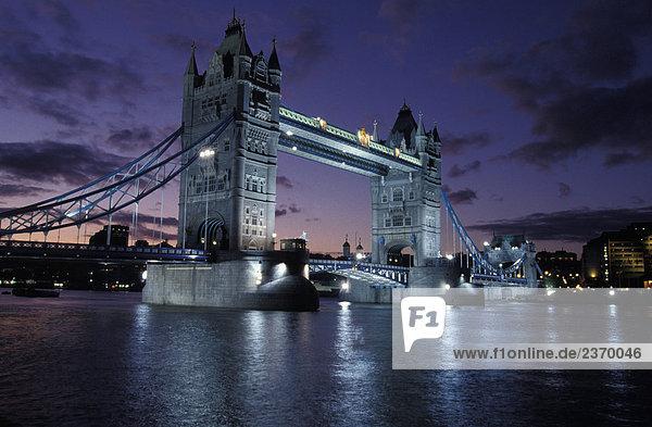 Großbritannien  England  London  Tower Bridge