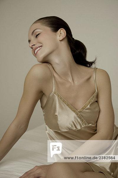 Porträt einer Frau in Unterwäsche