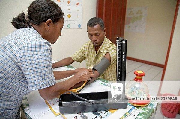 Die Blutdruck in die Klinik an Aileu. Ost-Timor